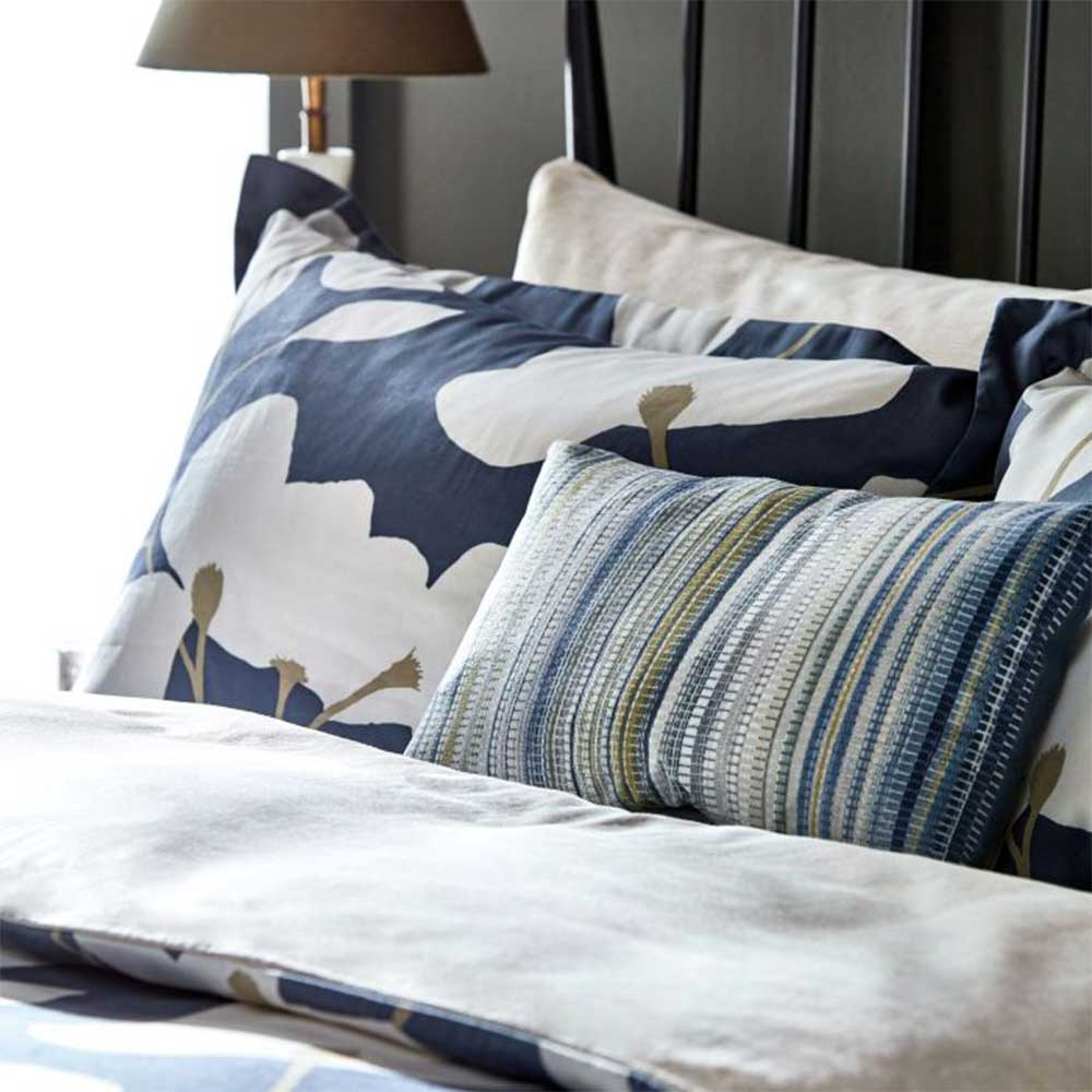 Kienze Housewife Pillowcase - Beige - by Harlequin
