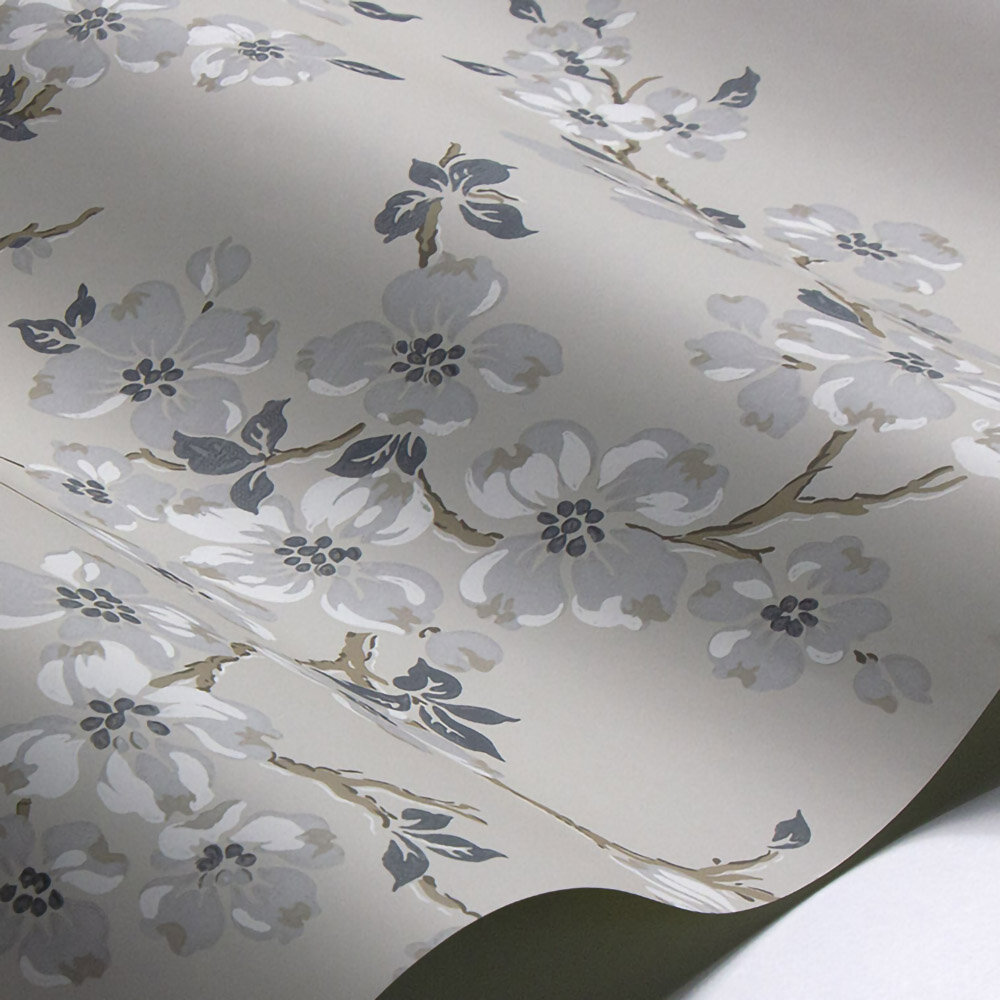 Laura Ashley Iona Silver Wallpaper - Product code: 3689541