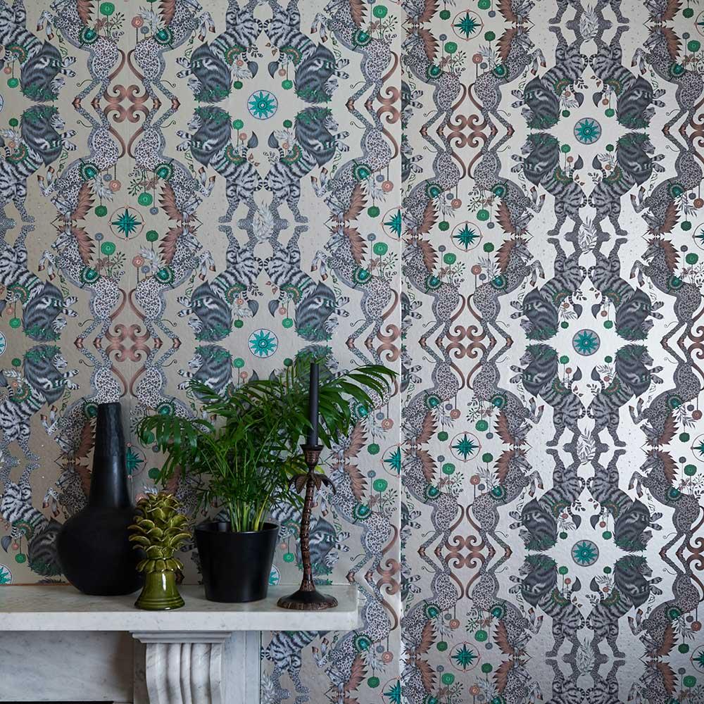 Emma J Shipley Caspian Gilver Wallpaper - Product code: W0113/02