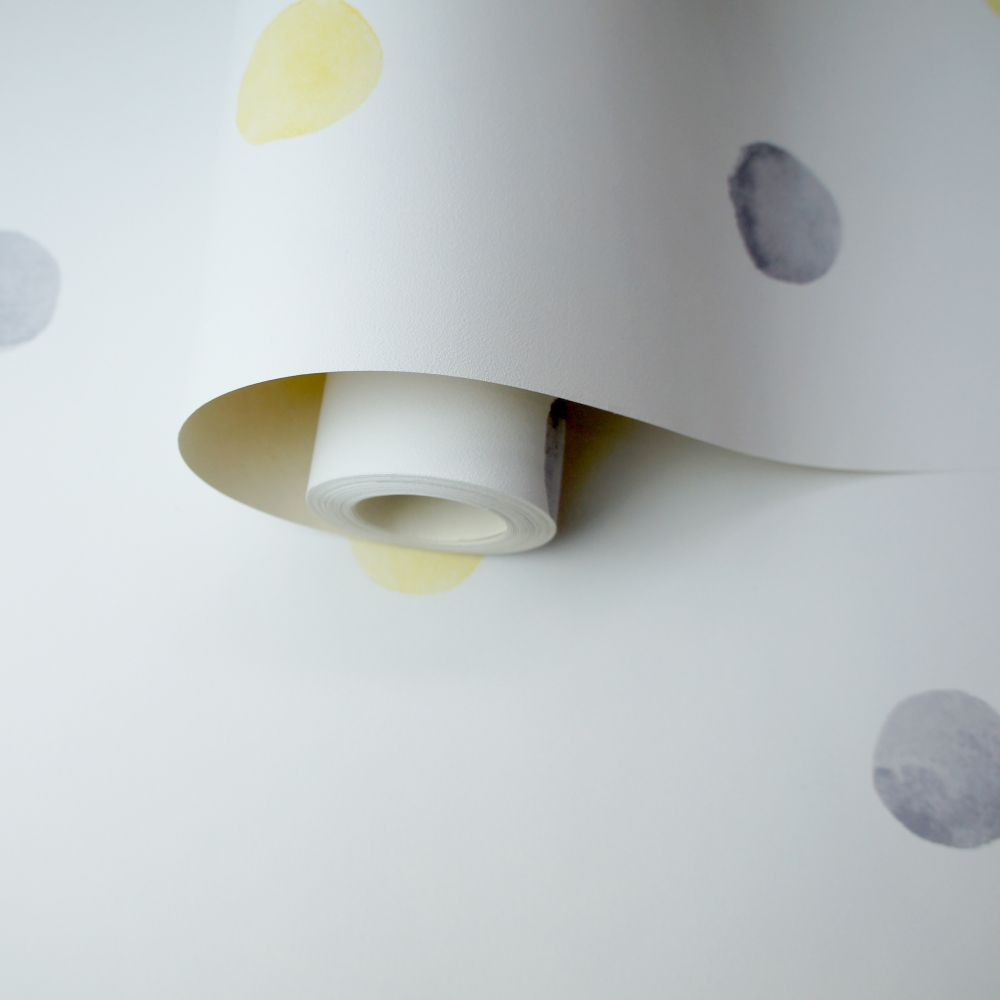Albany Watercolour Polka Dots Grey / Yellow Wallpaper - Product code: 91002