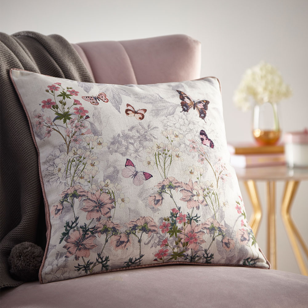 Oasis Botanical Bouquet Cushion Ivory - Product code: M2091/01