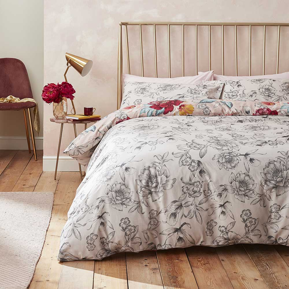 Isla Floral Duvet Set Duvet Cover - Blush - by Accessorize