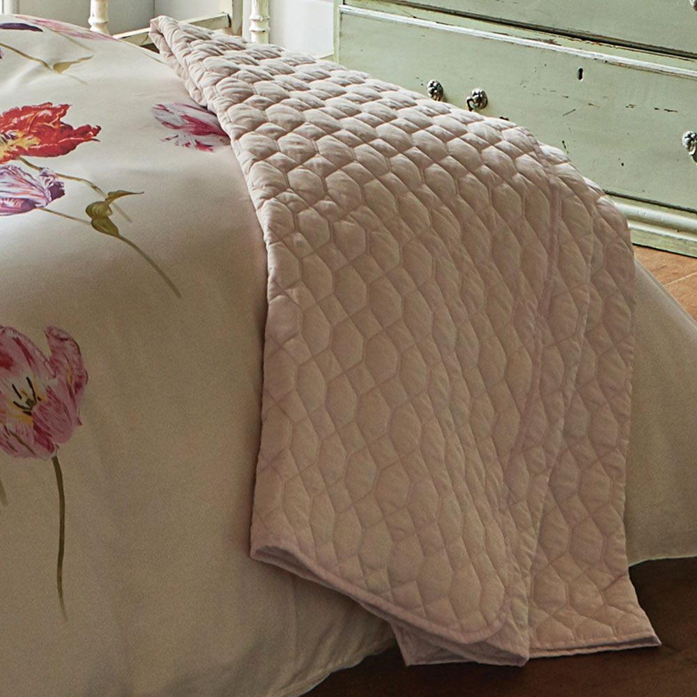 Quilted Throw - Soft Pink - by Sanderson