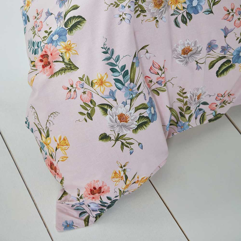 Botanical Vintage Duvet Set Duvet Cover - Blush - by Accessorize