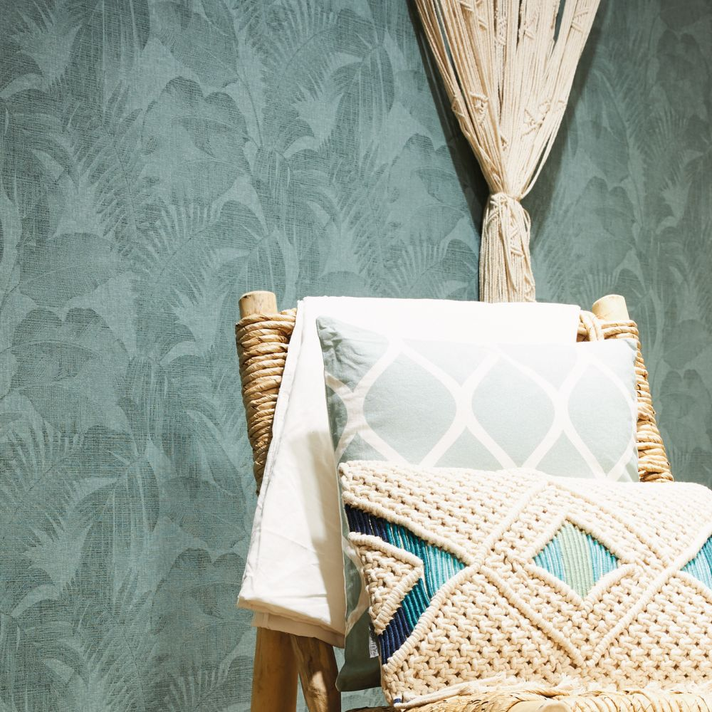 Palm Wallpaper - Green - by New Walls