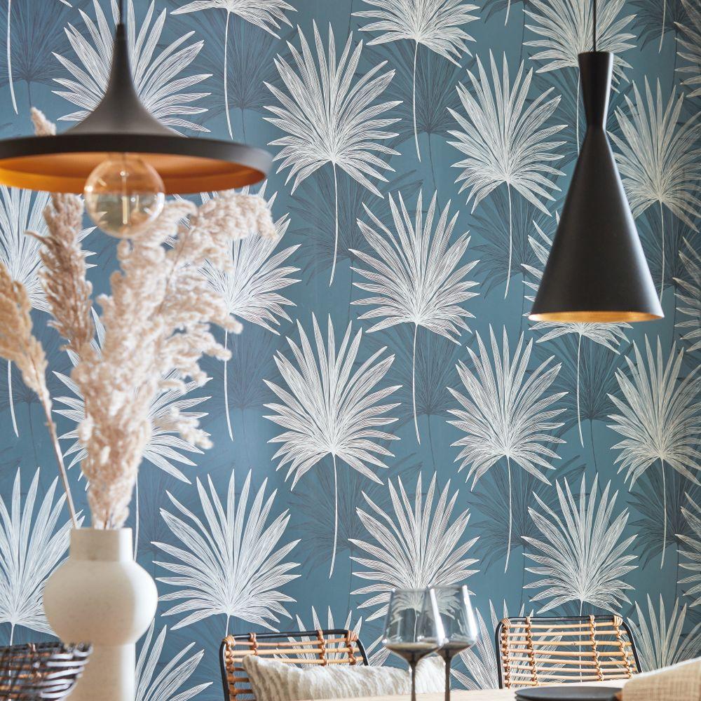 Mitende Wallpaper - Ink / Platinum - by Harlequin