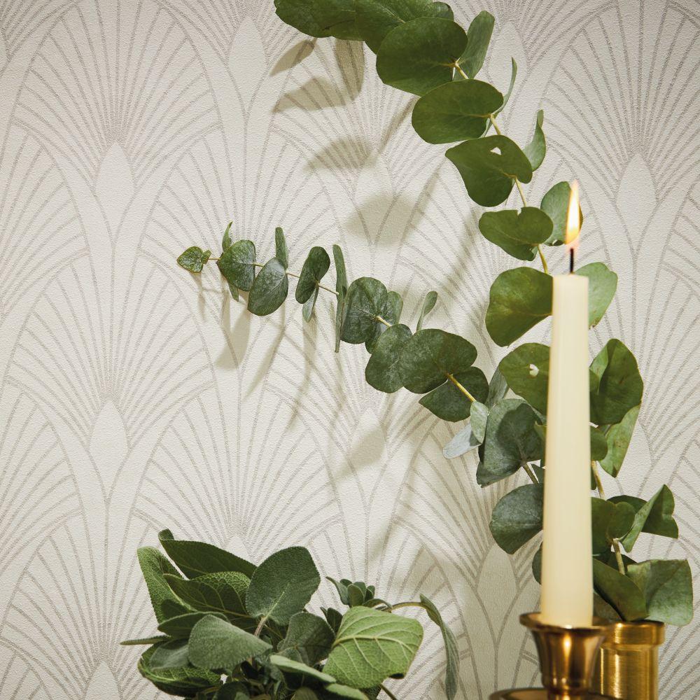 Fan Wallpaper - Ivory - by New Walls