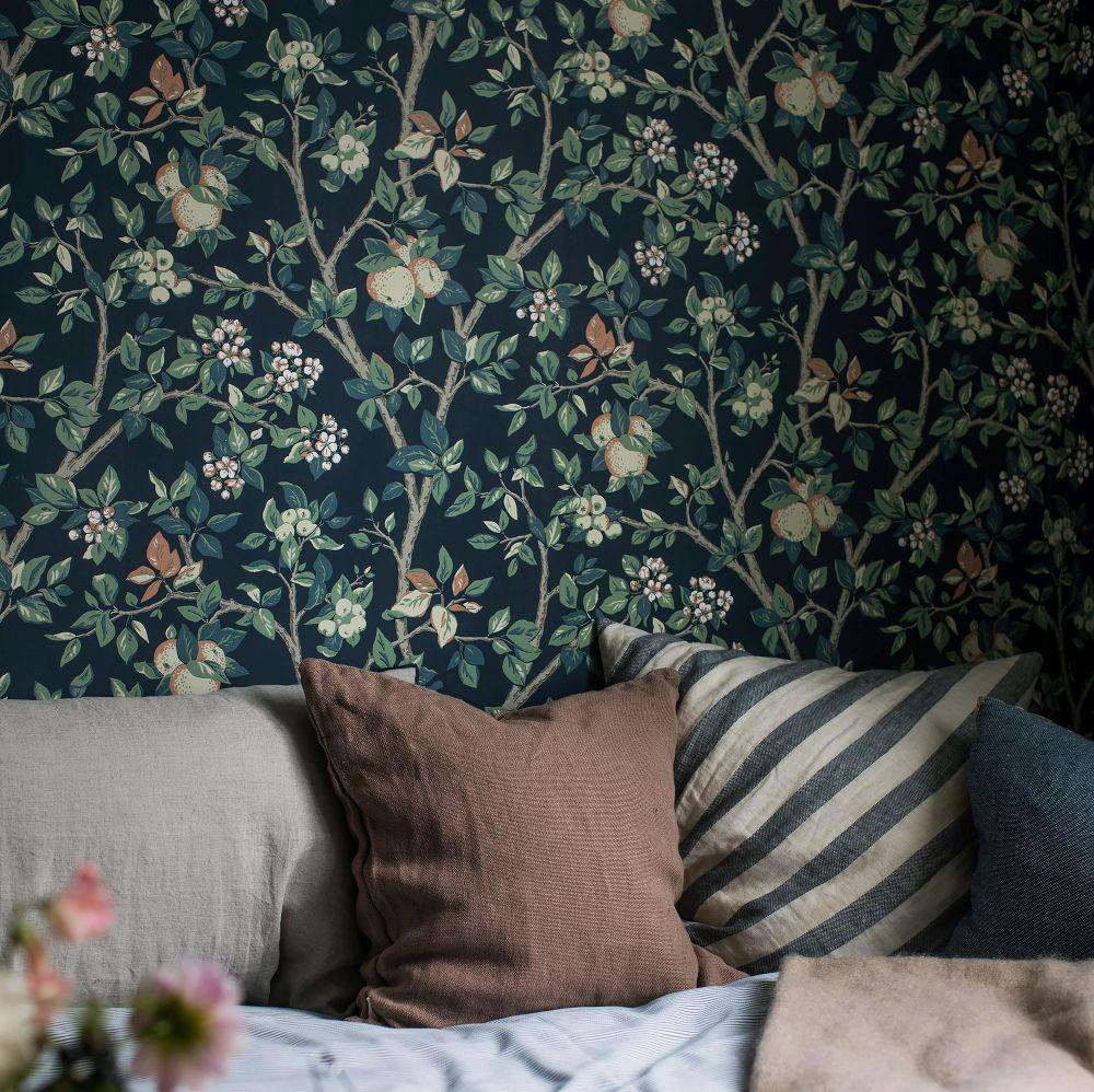 Ingrid Marie Wallpaper - Dark - by Boråstapeter