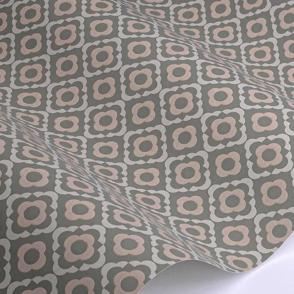 Quatrefoil Wallpaper - Panel - by Paint & Paper Library