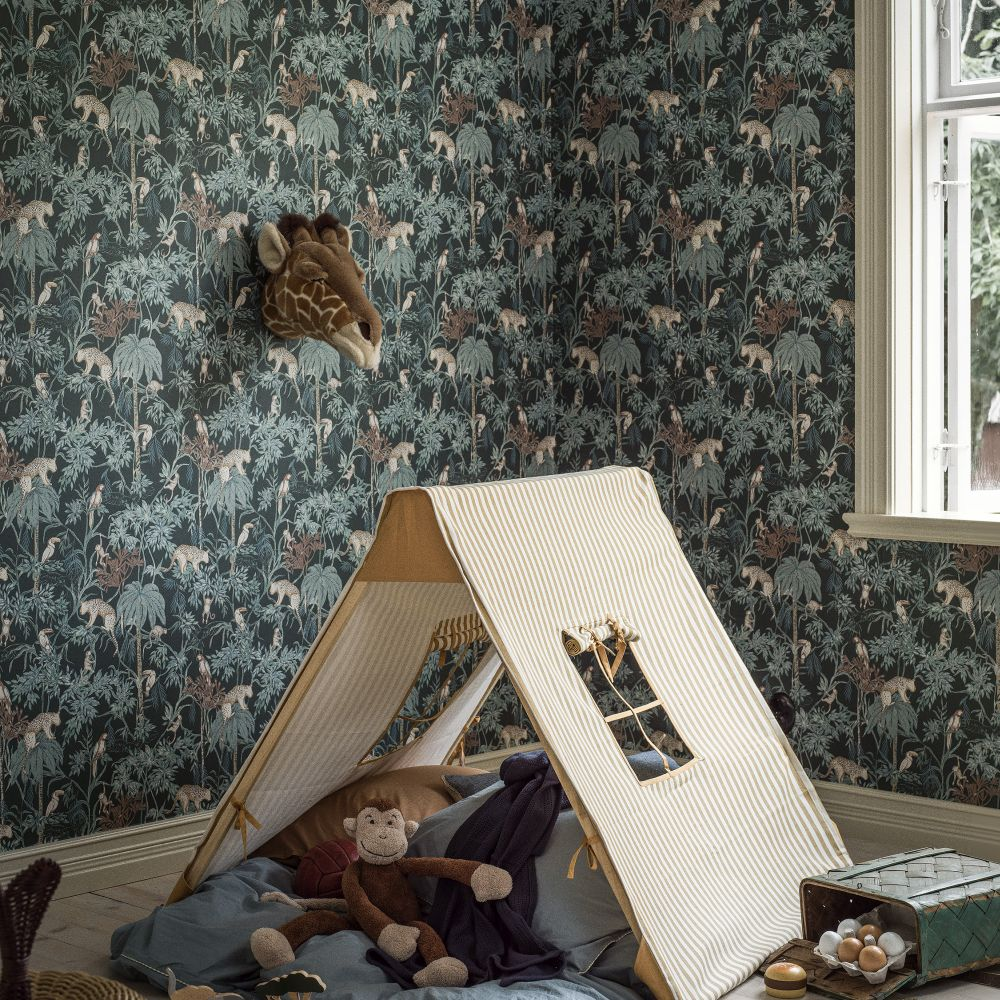 Wild Jungle Wallpaper - Dark Green - by Boråstapeter