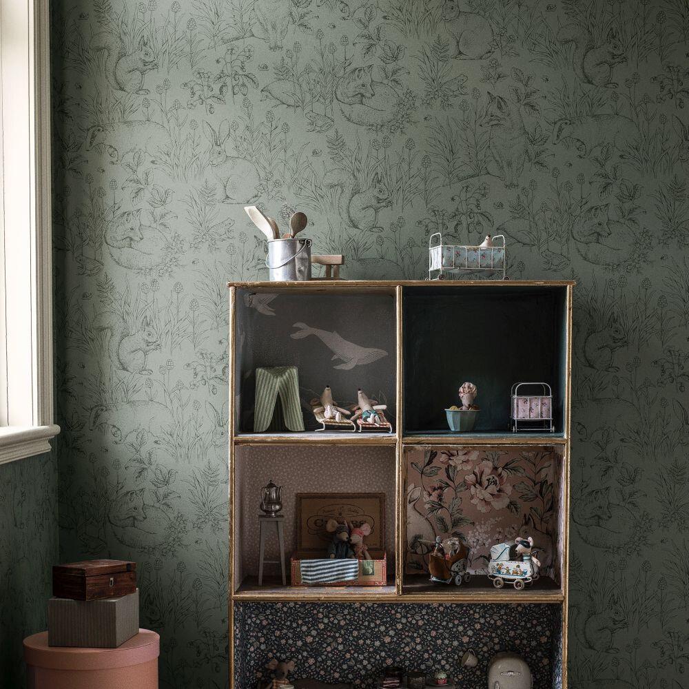 Forest Friends Wallpaper - Green - by Boråstapeter
