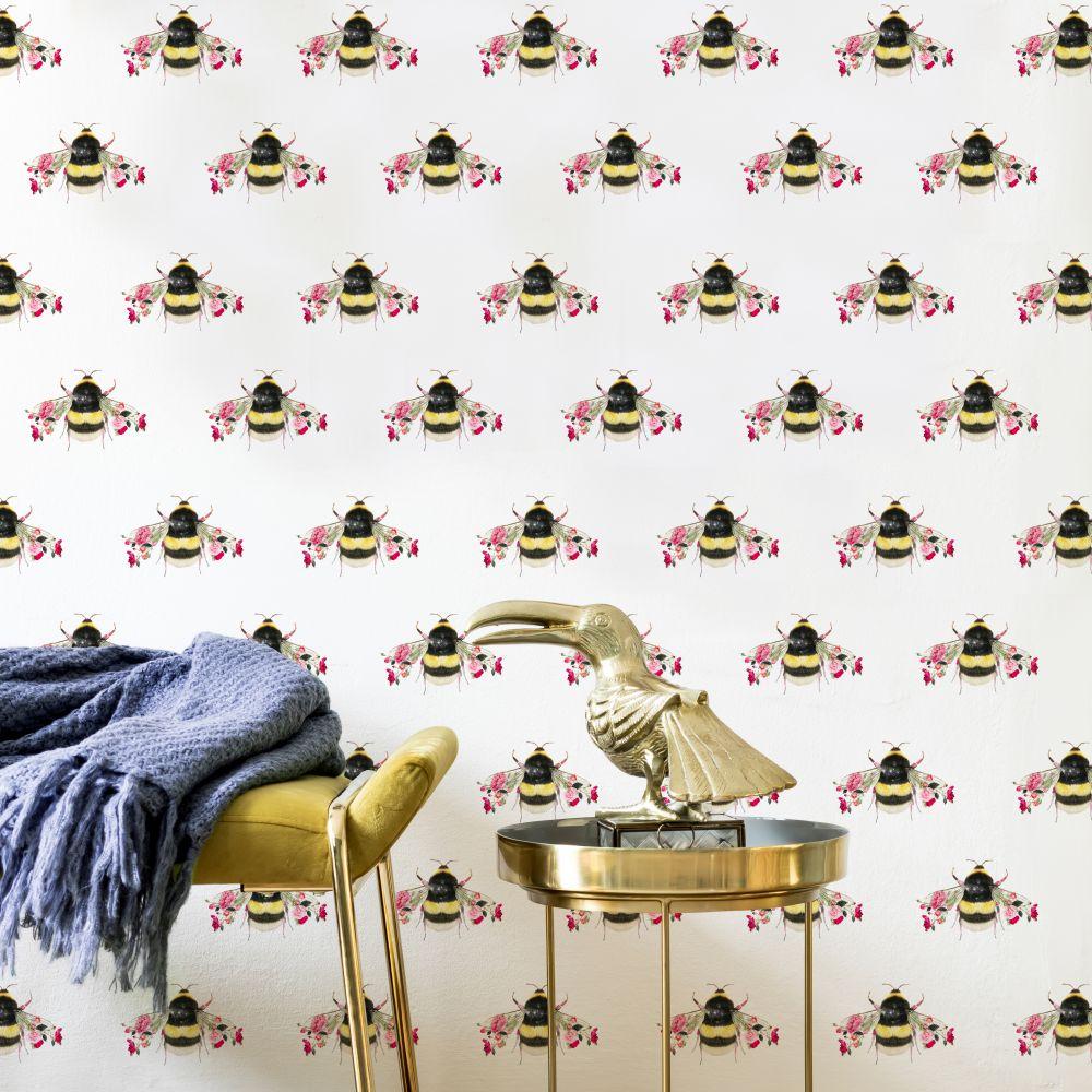 Single Bee Wallpaper - White - by Lola Design