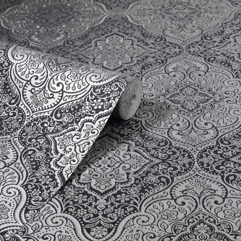 Luxe Medallion Wallpaper - Black / Silver - by Arthouse