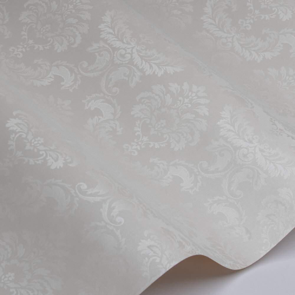 Feathered Damask Wallpaper - Pearl - by Galerie