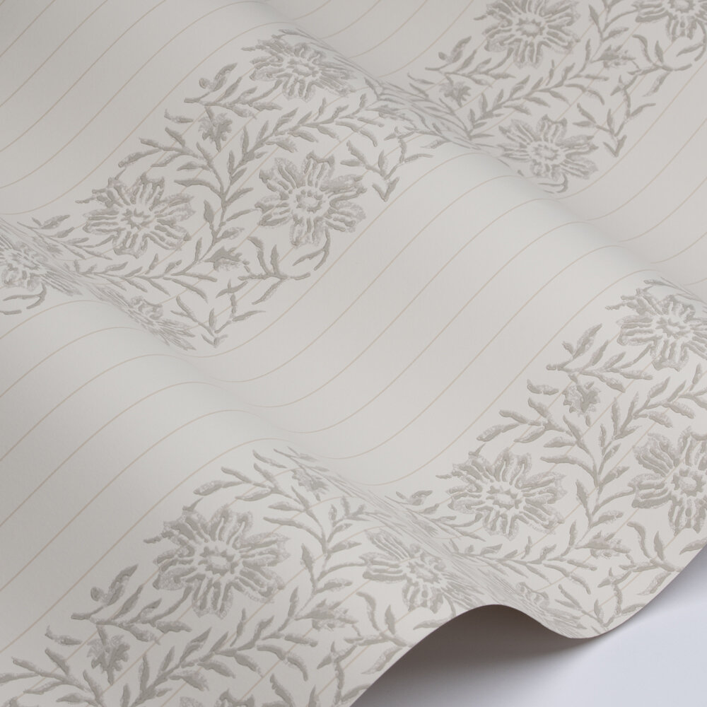 Alys Wallpaper - Silver - by Colefax and Fowler