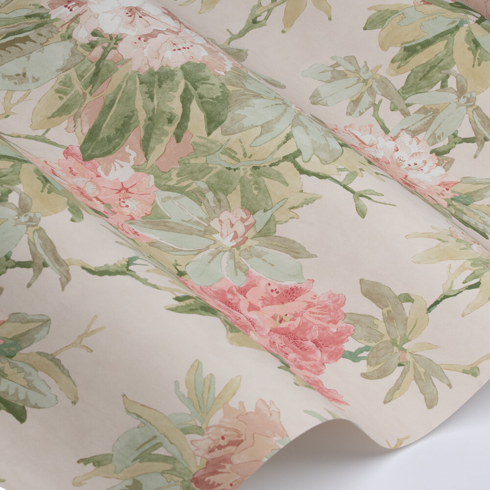 Mereworth Wallpaper - Red / Green - by Colefax and Fowler
