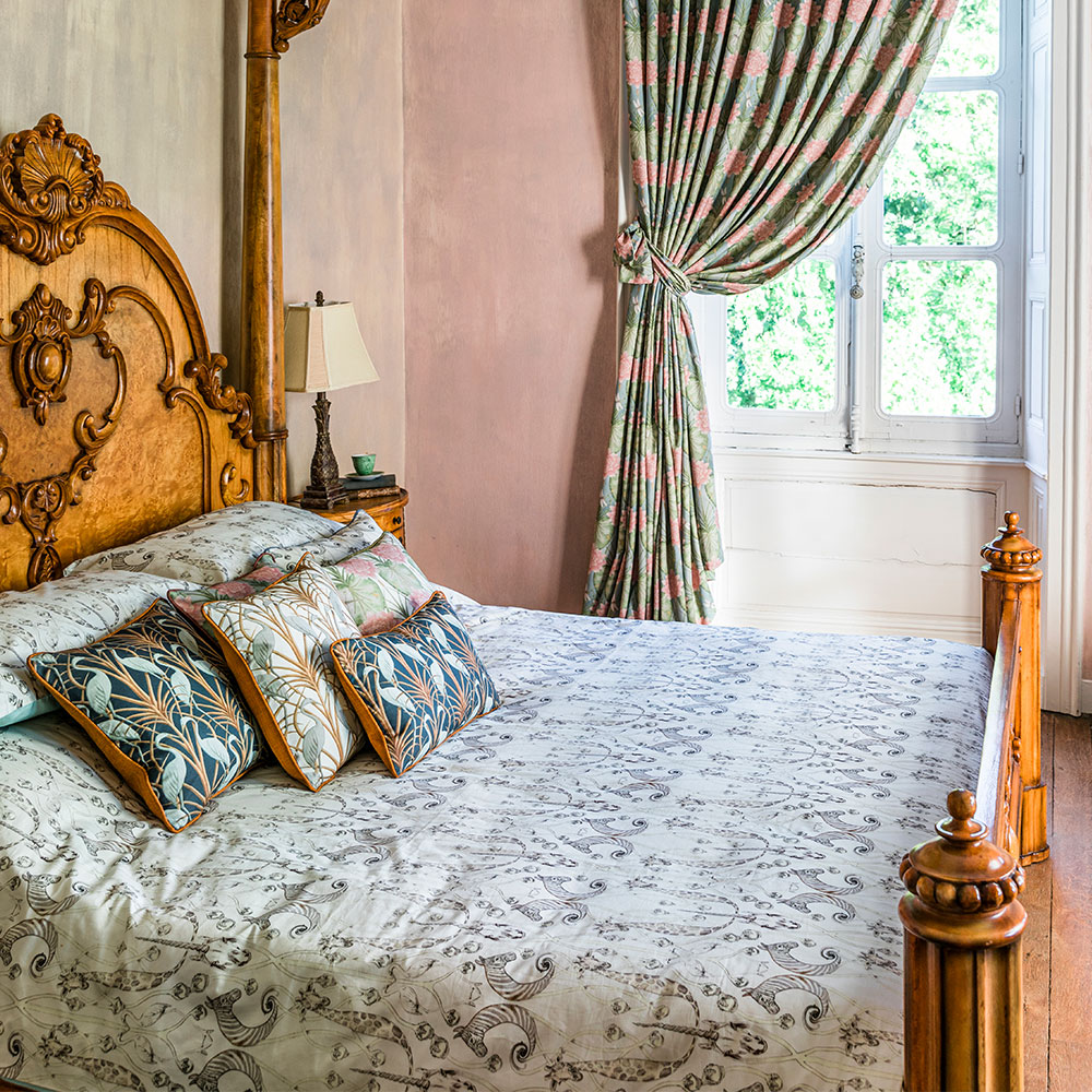 Le Chateau des Animaux Duvet Set Duvet Cover - Natural - by The Chateau by Angel Strawbridge