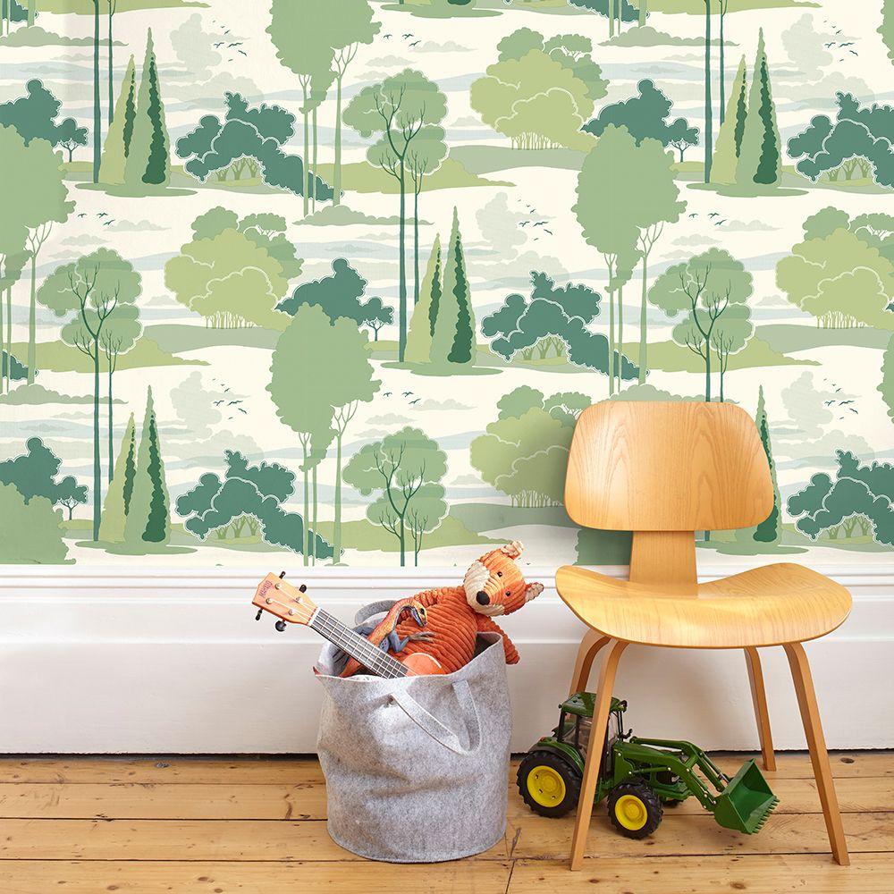 Macarthur Park Wallpaper - Green - by Florence Broadhurst