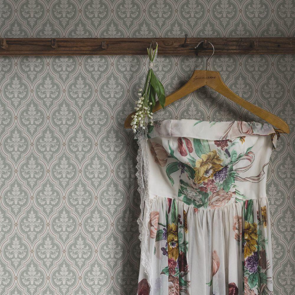 Lillie Wallpaper - Garden Green - by Sandberg