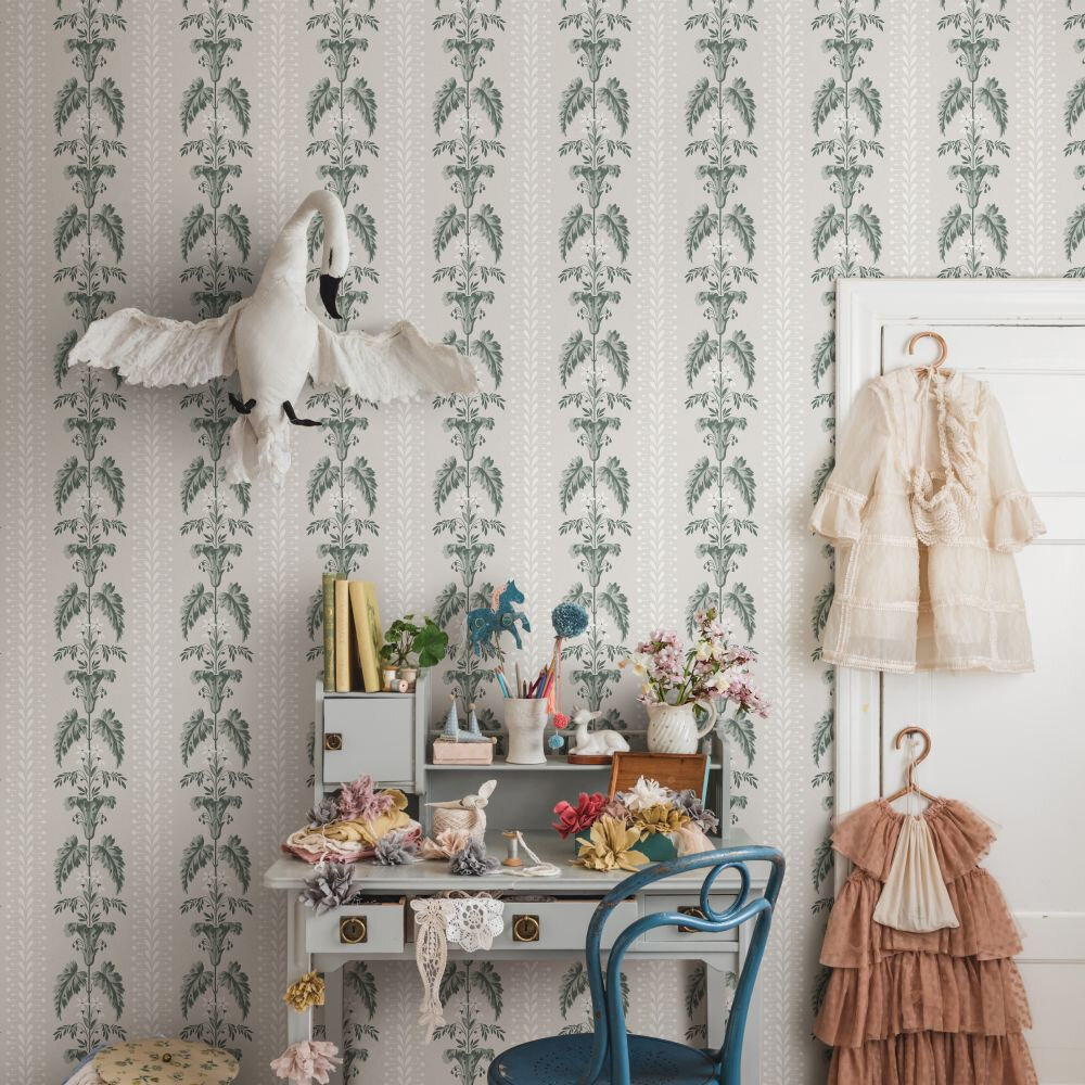Sophie Wallpaper - Spring Green - by Sandberg