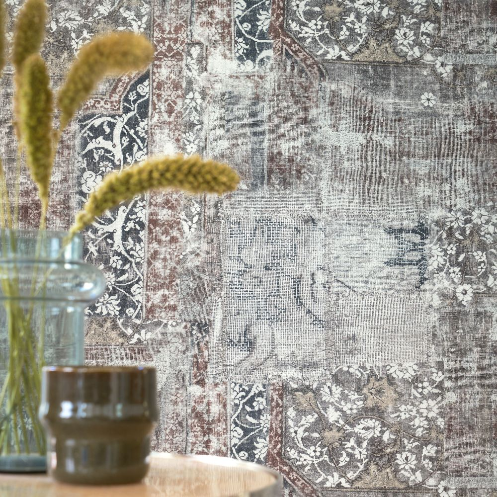 Galeecha Wallpaper - Anthracite - by Casamance