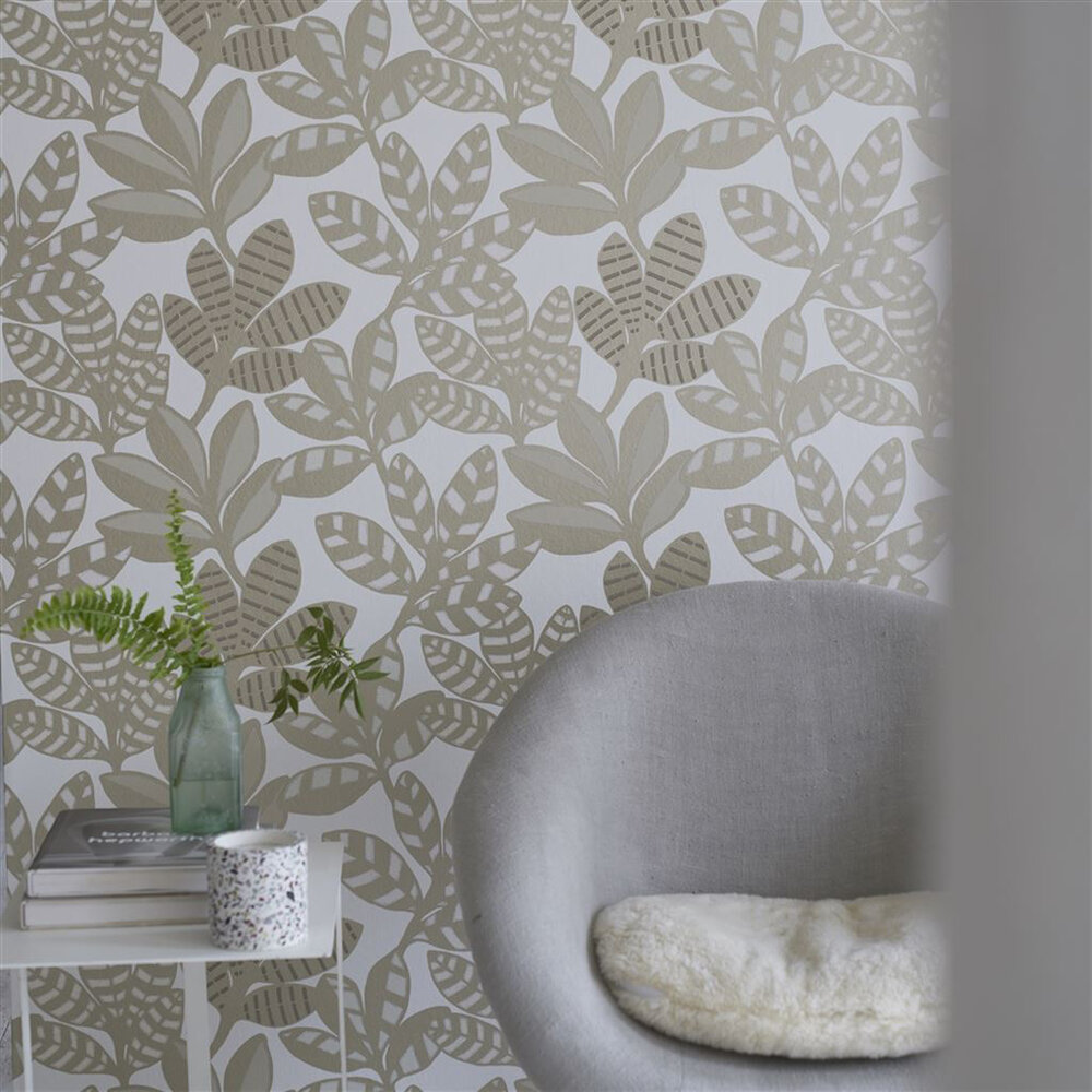 Tanjore  Wallpaper - Gold - by Designers Guild