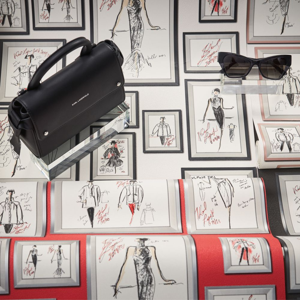 Sketch Wallpaper - Red - by Karl Lagerfeld