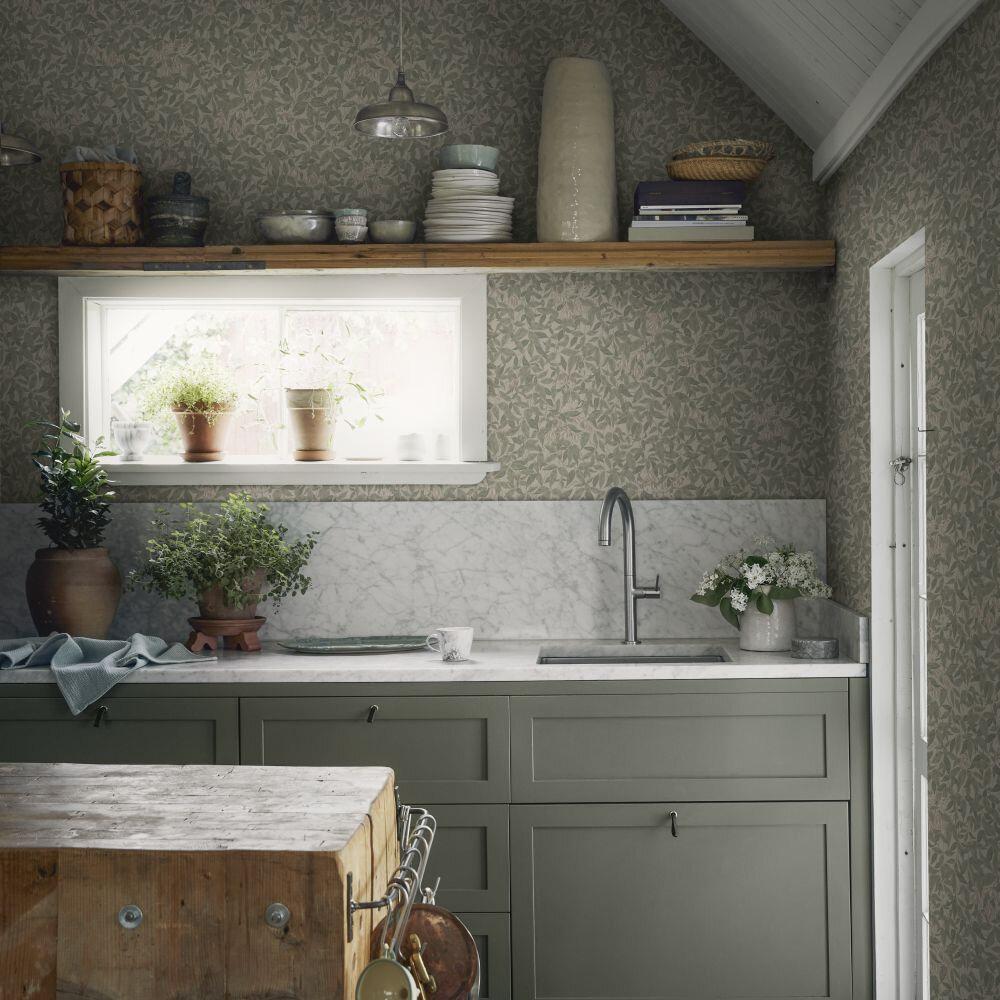 Linnea Wallpaper - Garden Green - by Sandberg