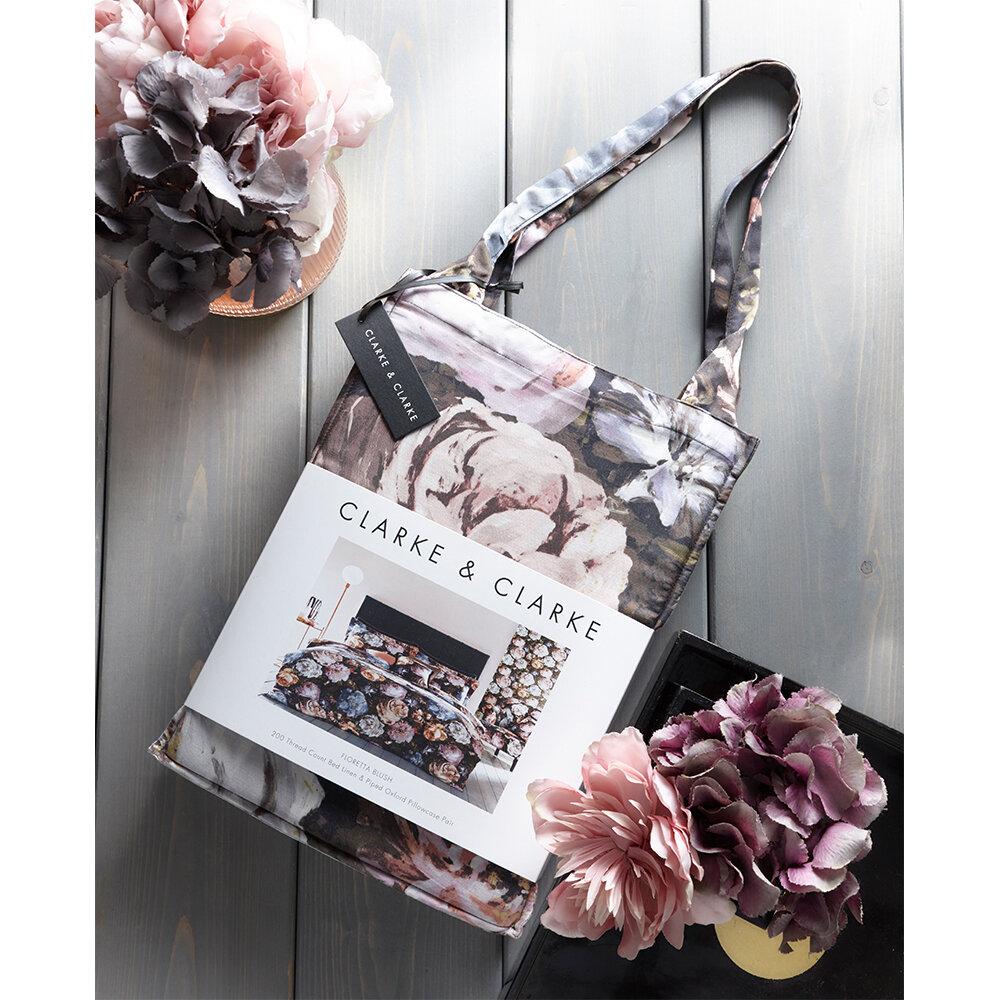 Floretta Kingsize Duvet Set Duvet Cover - Blush/ Charcoal - by Clarke & Clarke