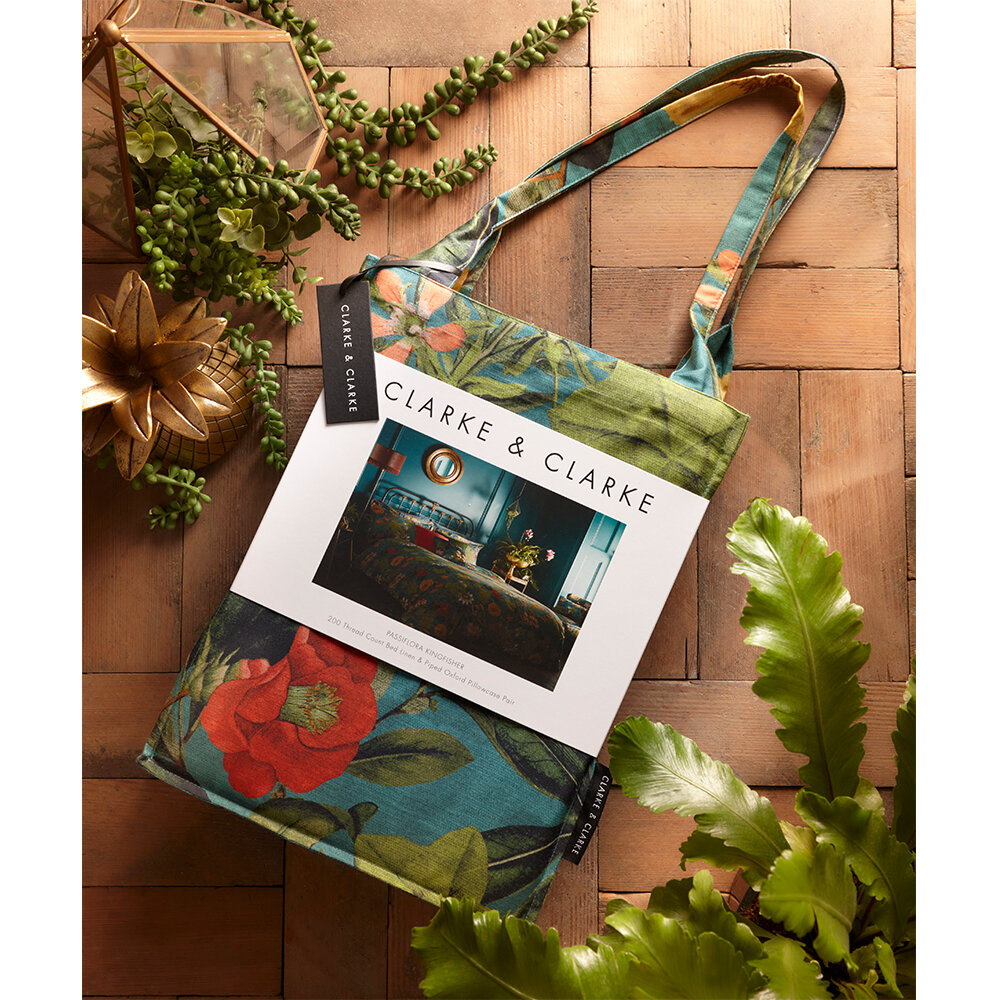 Passiflora Double Duvet Set Duvet Cover - Kingfisher - by Clarke & Clarke